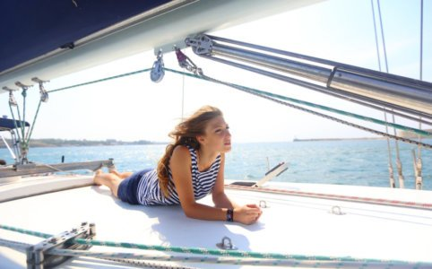 Как найти работу на яхте женщине