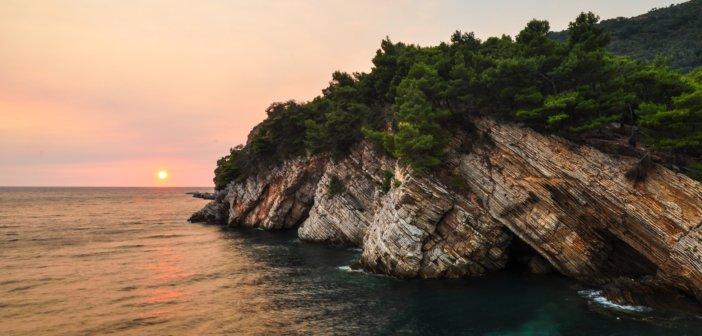 Нужна ли виза в Черногорию для украинцев и россиян в 2017
