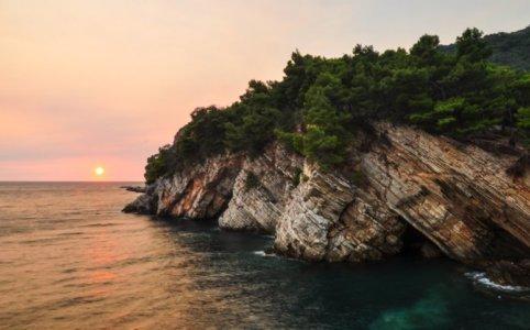 Нужна ли виза в Черногорию для украинцев и россиян в 2020